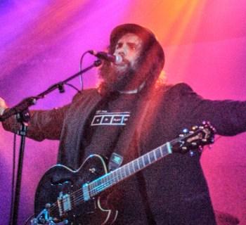 Fernando Perdomo at the Troubadour - photo credit: Rosario Diaz
