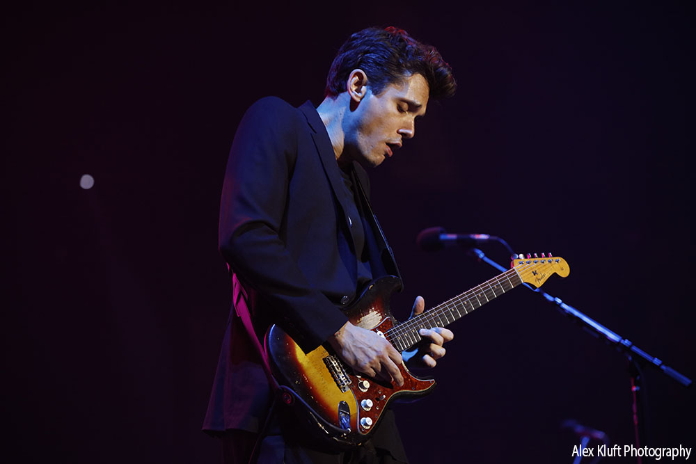 John Mayer at the Forum in Los Angeles, CA - photo credit: Alex Kluft