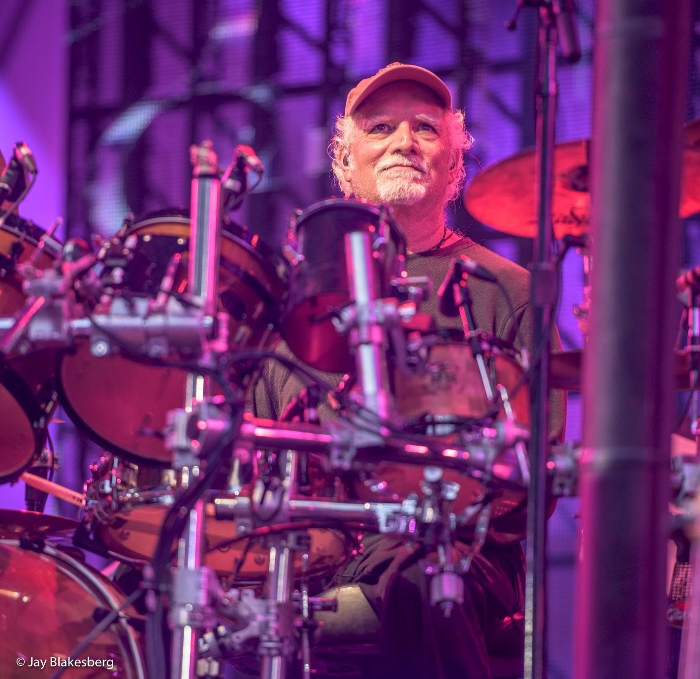 Dead n Co photographed at Hollywood Bowl in Los Angeles, CA May 31, 2017©Jay Blakesberg