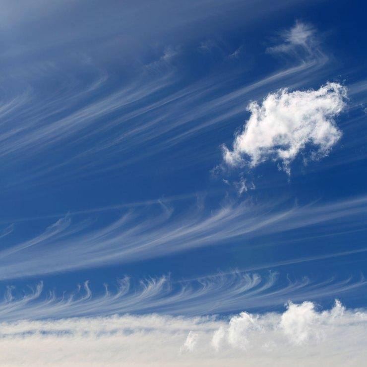 clouds-4L2A8195-crop3-sq