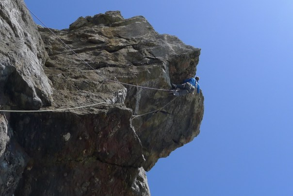 Dan Mcmanus leading the out there 'Why Should I', E6 6b at Pembroke. Photo- Calum Muskett