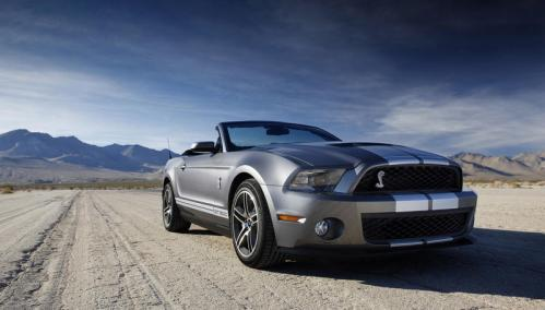 ford-shelby-gt500-2010-convertible-on-road_w800