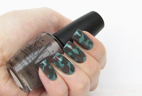 Camouflage Nails Design