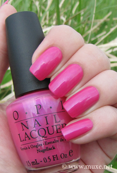 OPI La Paz-itively Hot polish