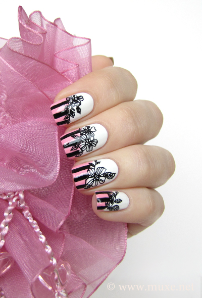 Black flowers nail art