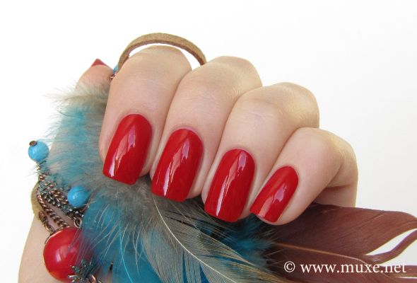 Riviera Red Rimmel swatch