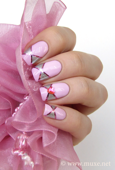 Pink striping tape nails