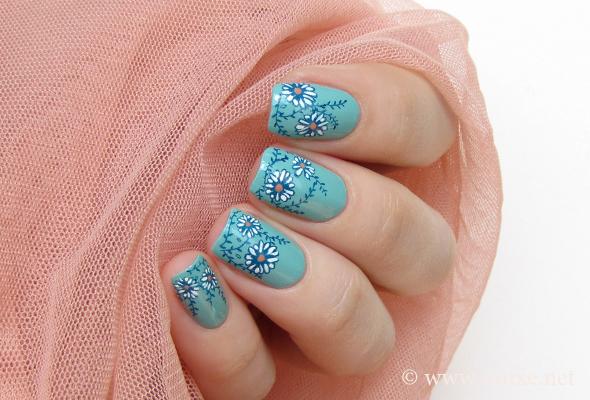 Mint floral nail art