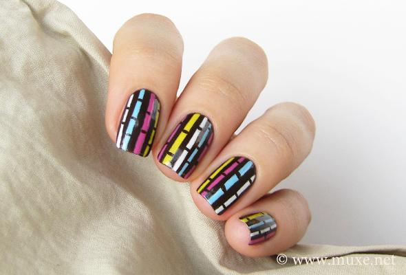 Stripes on brown nail art