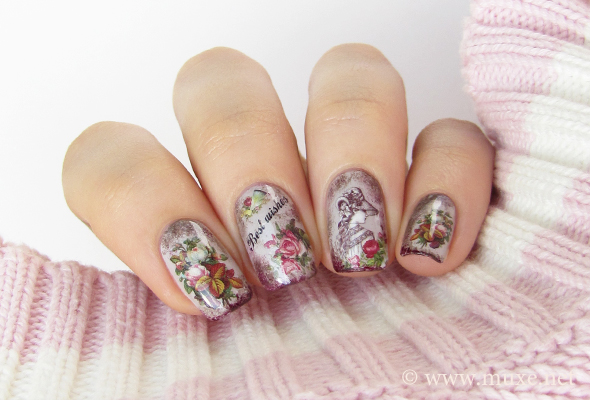 Vintage nails with flowers