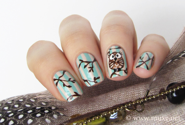 Little owl nails in beige and mint