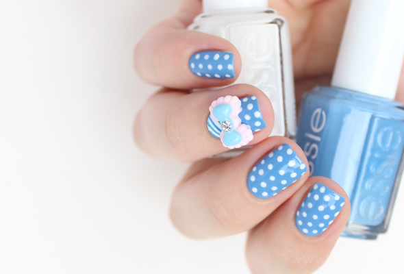 3D bow blue nail art
