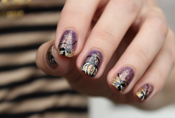 Halloween Pumpkin nail design