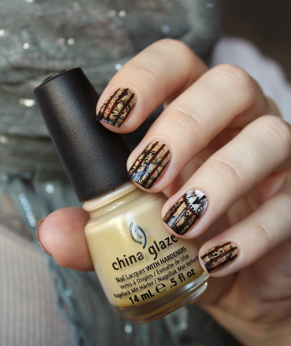 Steampunk clock nails design