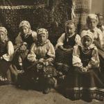 Ghinda - copii la altar