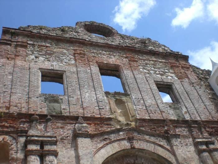 Things to do in Panama: walking around Casco Viejo