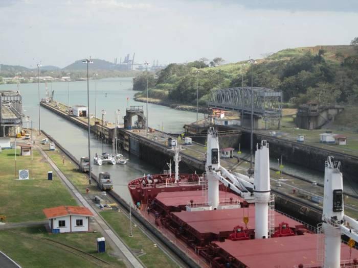Things to do in Panama: view Miraflores locks at the Panama Canal