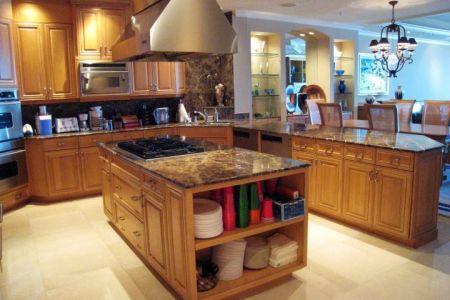 mediterranean kitchen designs with small kitchen island ?x34469