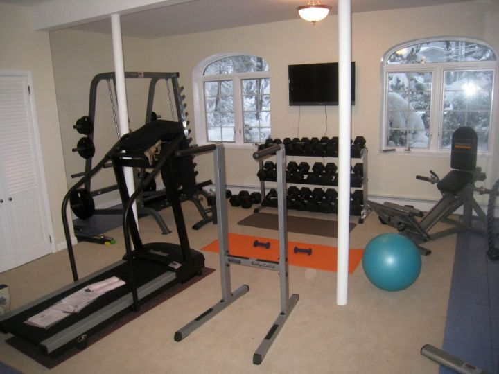 simple home gyms ideas with bars - View Simple Small Home Gym Design Images