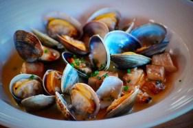 shellfest-clams