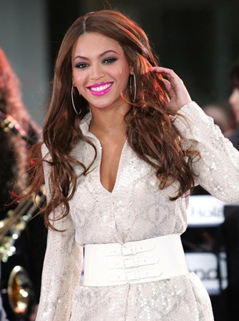Beyonce Hot Pink Lip