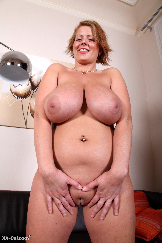 nude desi girl peeing