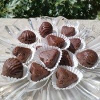 Шоколадови бонбони и бонбони Пияни вишни