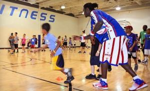 harlem 300x182 2 Hour Harlem Globetrotters Basketball Clinic + 2 Tickets to Game $55 ($99 Value!)