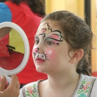 Face Painting at Animal Kingdom -- 13 Days Til Disney!