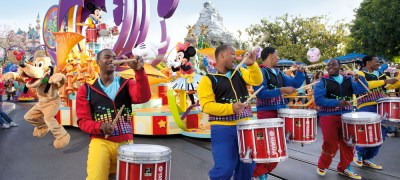 mickeys-soundsational-parade_alt