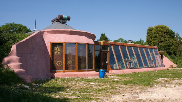 Off-the-Grid Houses16