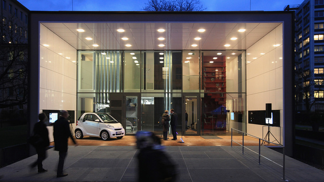 Merkel Inaugurates Energy-Efficient House