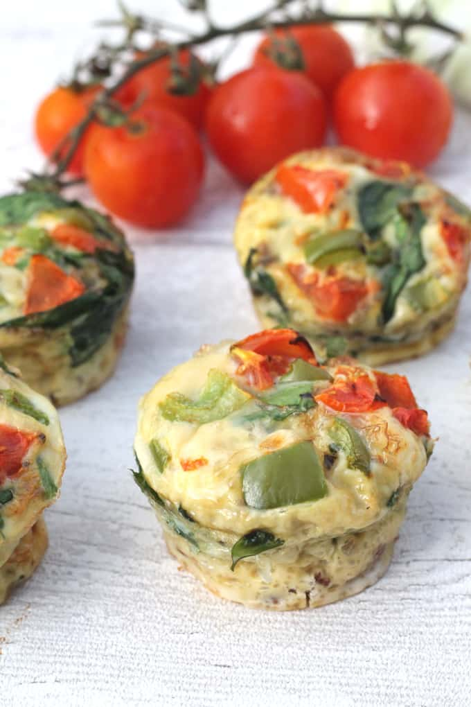 bacon egg spinach muffins