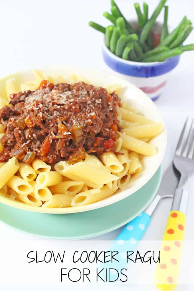 A super easy slow cooker ragu recipe. No frying required and everything is cooked in one pot!| My Fussy Eater blog