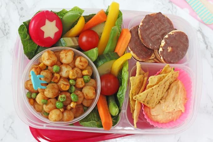 A delicious, healthy and balanced lunchbox, perfect for back-to-school for picky eaters!