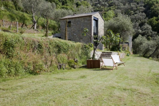 Farmhouse Restoration by A2BC Architects and SibillAssociati 02