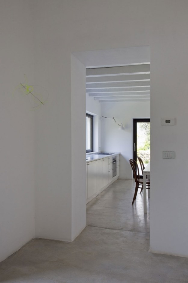 Farmhouse Restoration by A2BC Architects and SibillAssociati 07