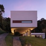 House 4.16.3 by Luciano Lerner Basso 19