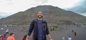 Me in front of Pyramid of Moon