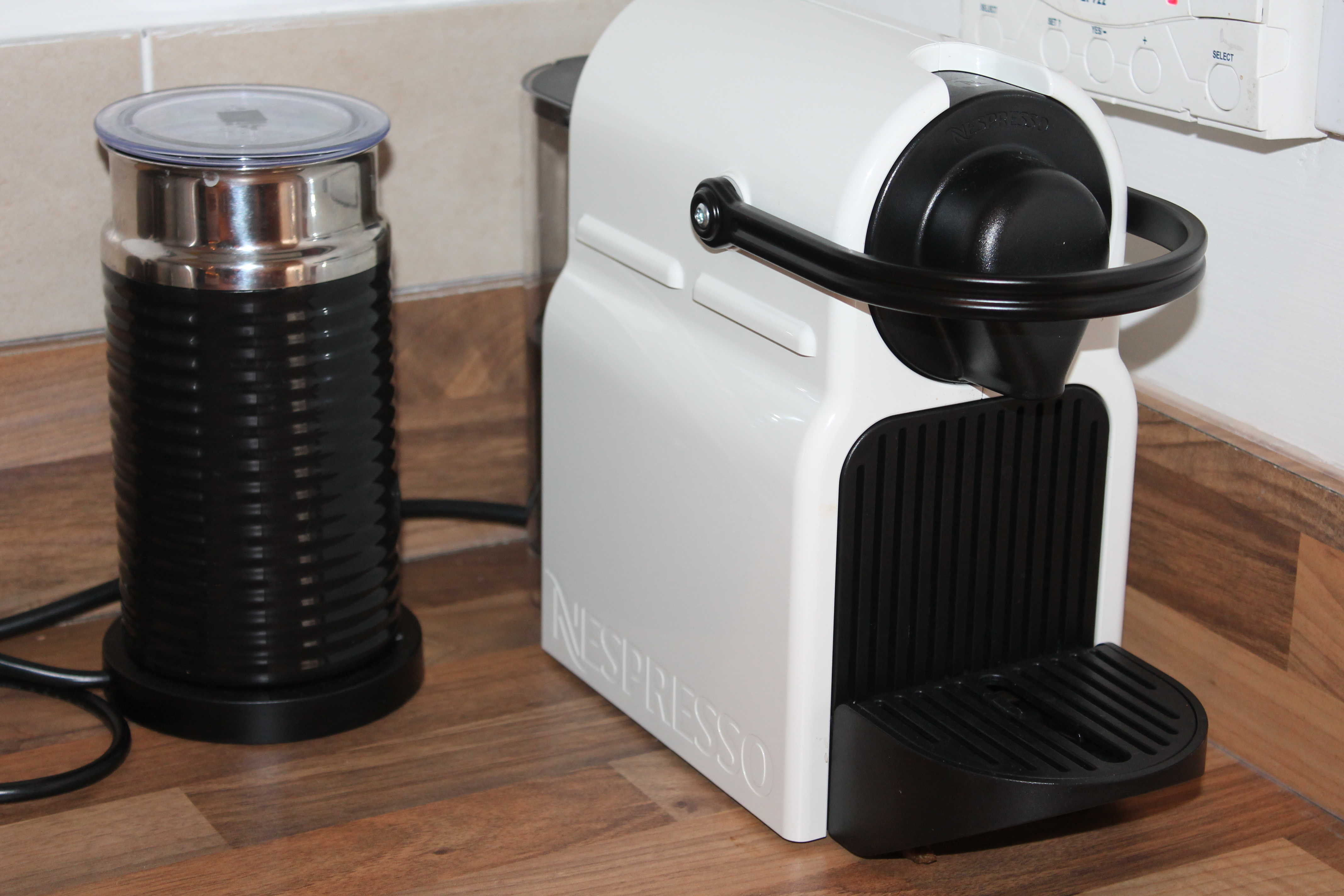 tassimo fidelia t40 nespresso krups inissia coffee machine review my life my passion. Black Bedroom Furniture Sets. Home Design Ideas