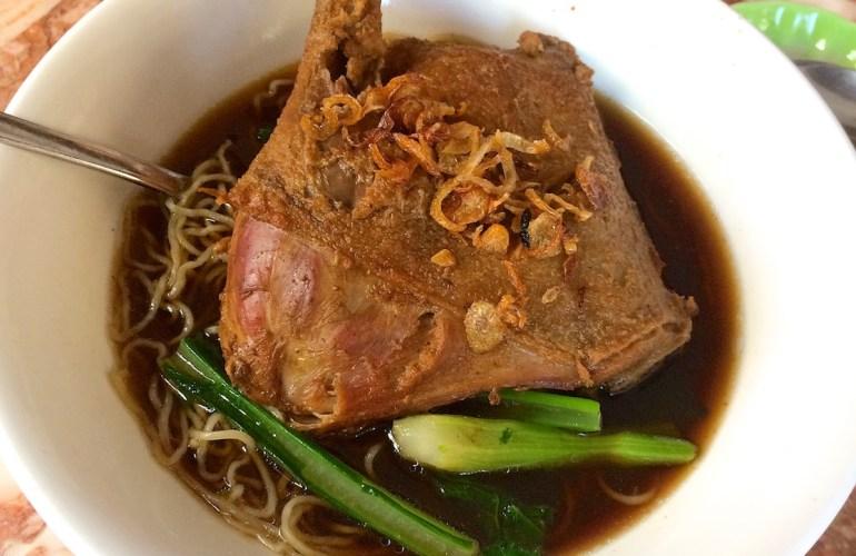 Braised duck noodle soup