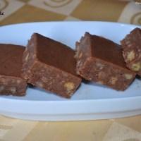 No Bake Choco-Nutty Biscuit Cake