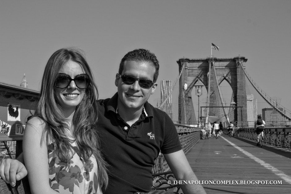 Black & white picture from the Brooklyn Bridge