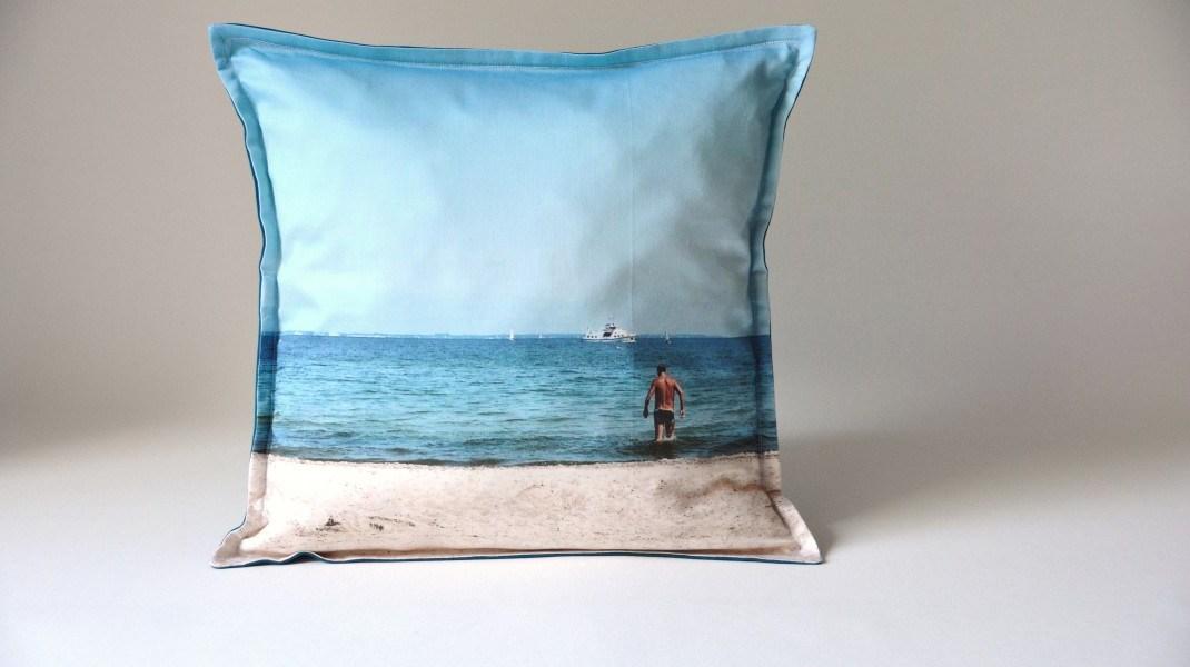 Couchküsschen | Mann am Meer | 40x40 | Fotoprint
