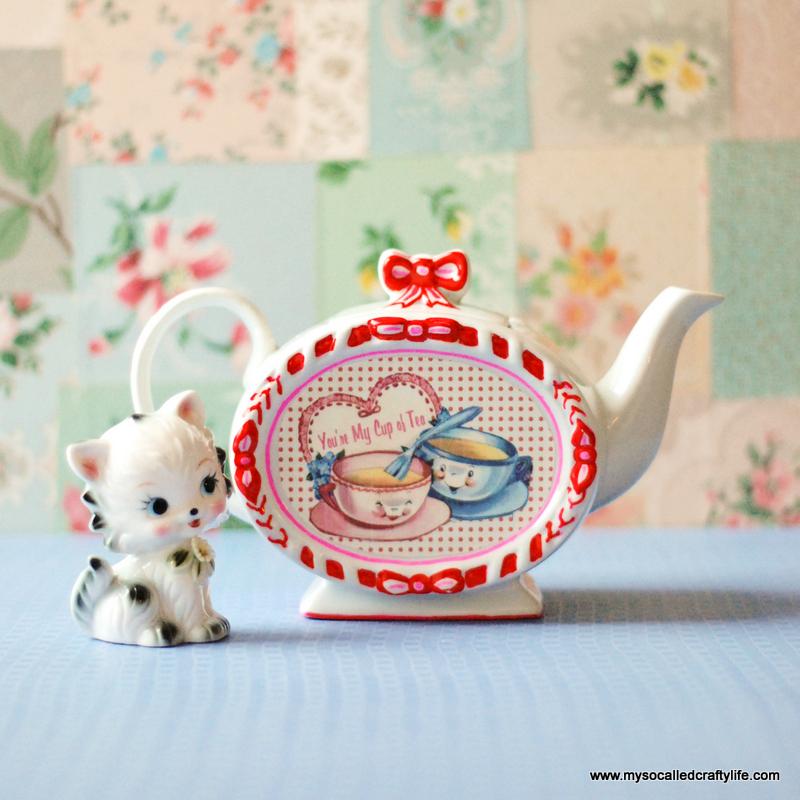 sweet valentine teapot