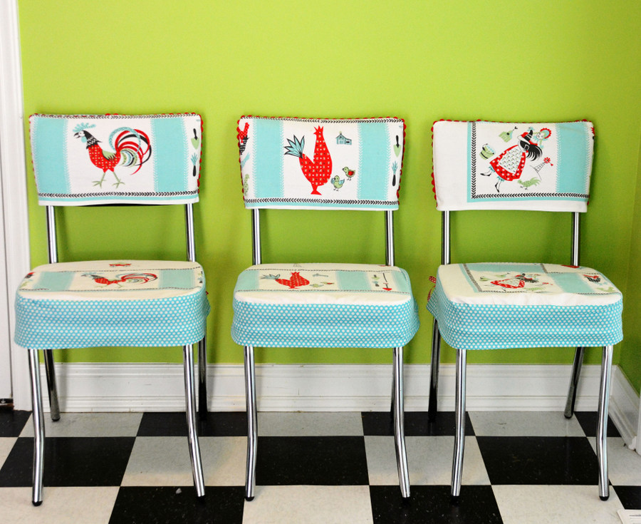 DIY Custom Chair Seat Covers with A Vintage Tablecloth