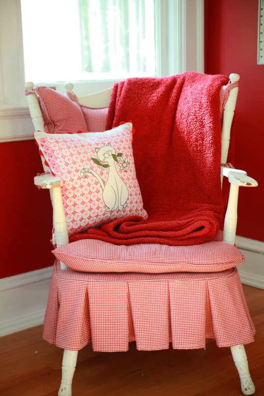DIY Vintage Tea Towel Throw Pillow - My So Called Crafty Life