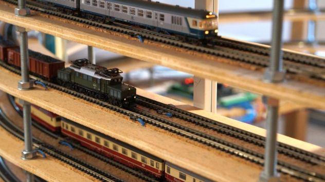 N-Modellbahn Gleiswendel