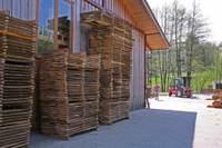 Holzsatapelhof2