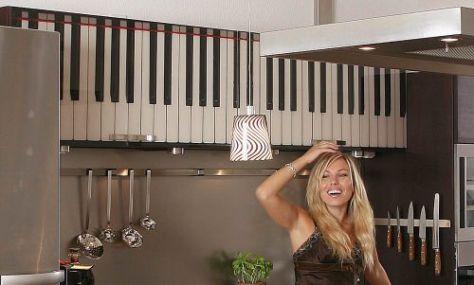 KlaviertastaturKücheLaraWEB